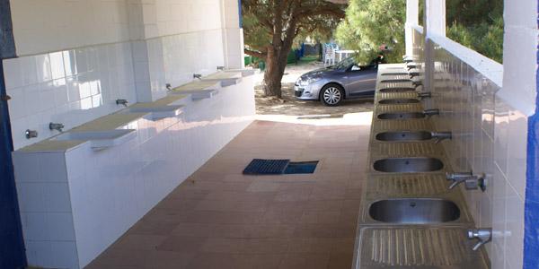Pilas de lavado Camping Playa Mazagón