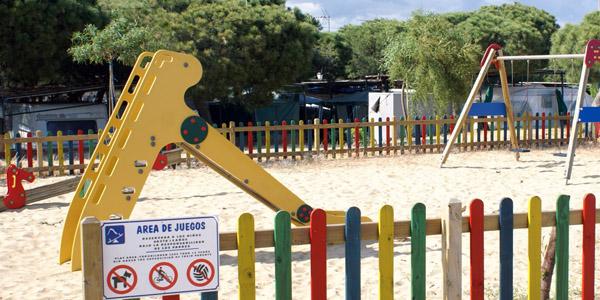 Parque infantil Camping Playa Mazagón