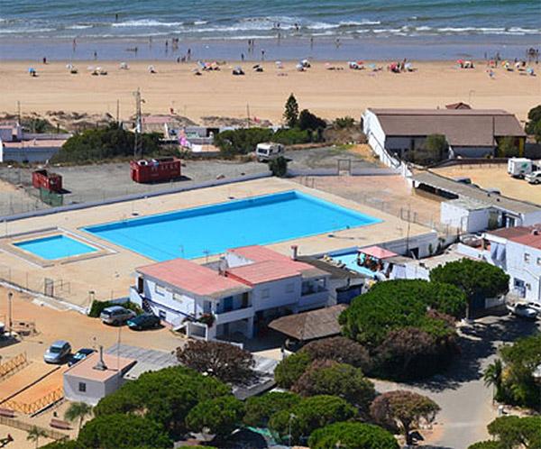 Camping playa mazag n en la costa de la luz vive la for Piscina playa precio